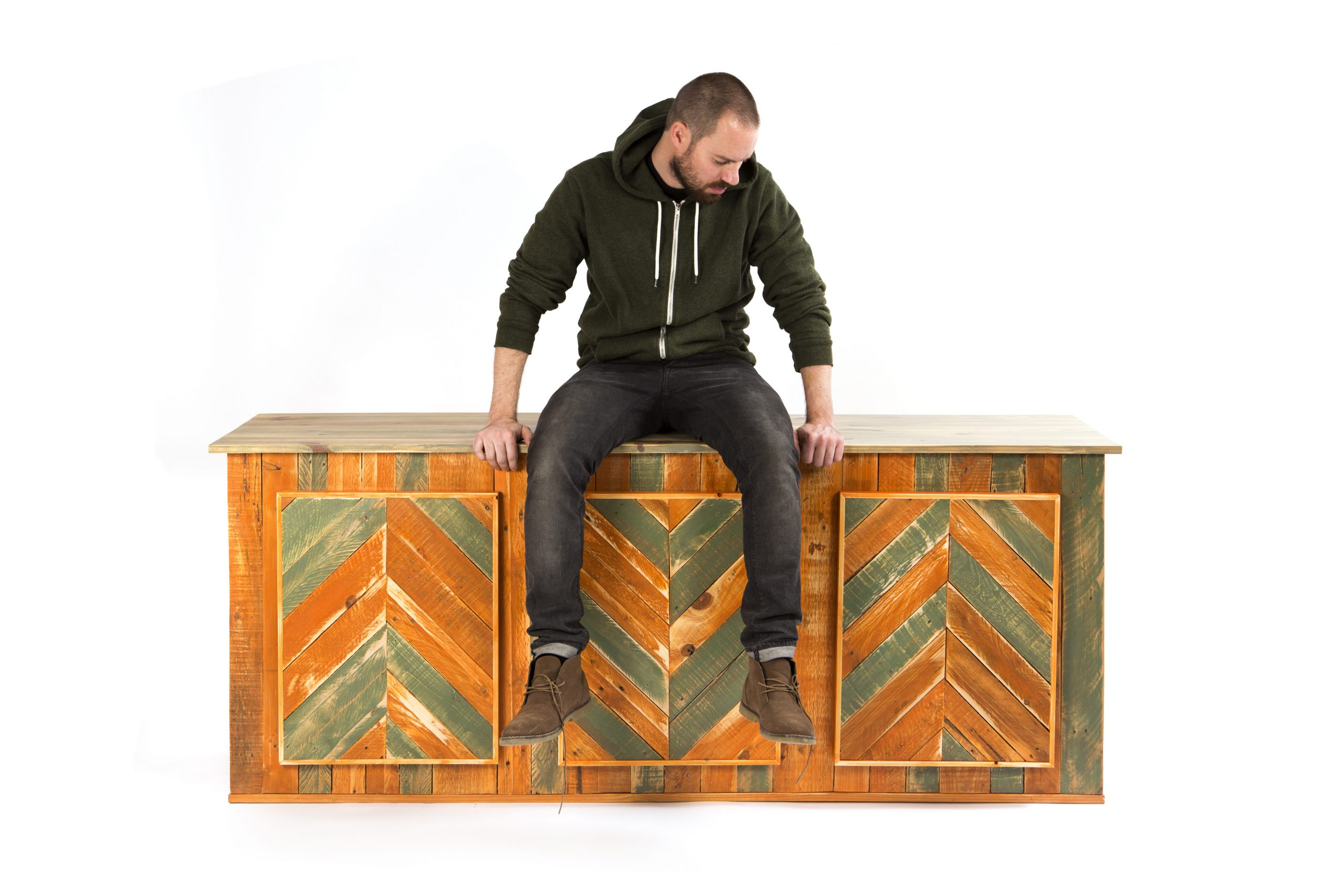 Pallet-Sideboard-1